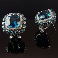 Pendientes. Oro blanco 18K, rodio negro