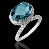 Sortija. Oro blanco 18K